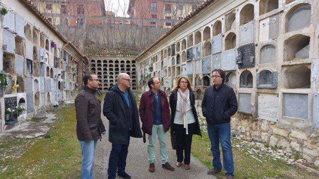 Visita del PSOE al cementerio de San Eufrasio de Jaén