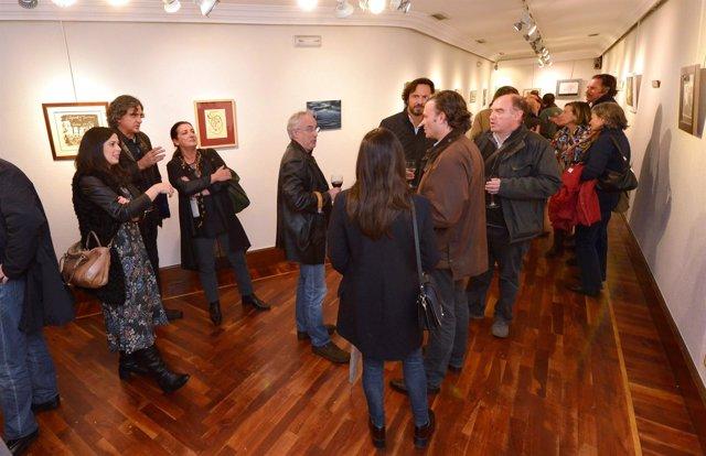 EL CENTRO CULTURAL DOCTOR MADRAZO ACOGE UNA EXPOSICIÓN SOLIDARIA DE ARTISTAS CÁN