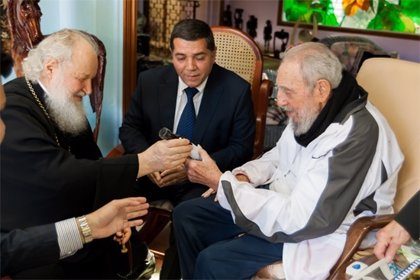 Fidel Castro recibe al patriarca ortodoxo Cirilo