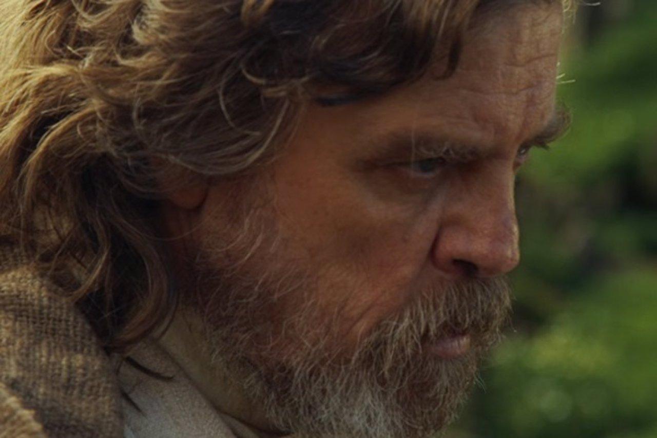 Mark Hamill es Luke Skywalker en El despertar de la Fuerza