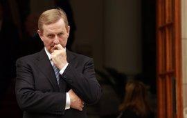 El Fine Gael de Kenny profundiza su caída a diez días de las elecciones en Irlanda