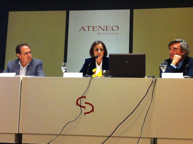 Conferencia de Ana Luque en el Ateneo de Málaga