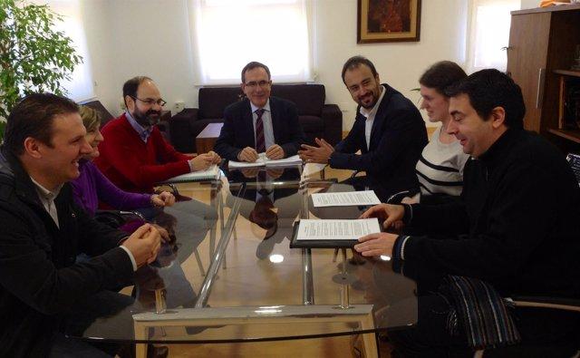 Reunión con la nueva directiva de la AAVV Campuzano