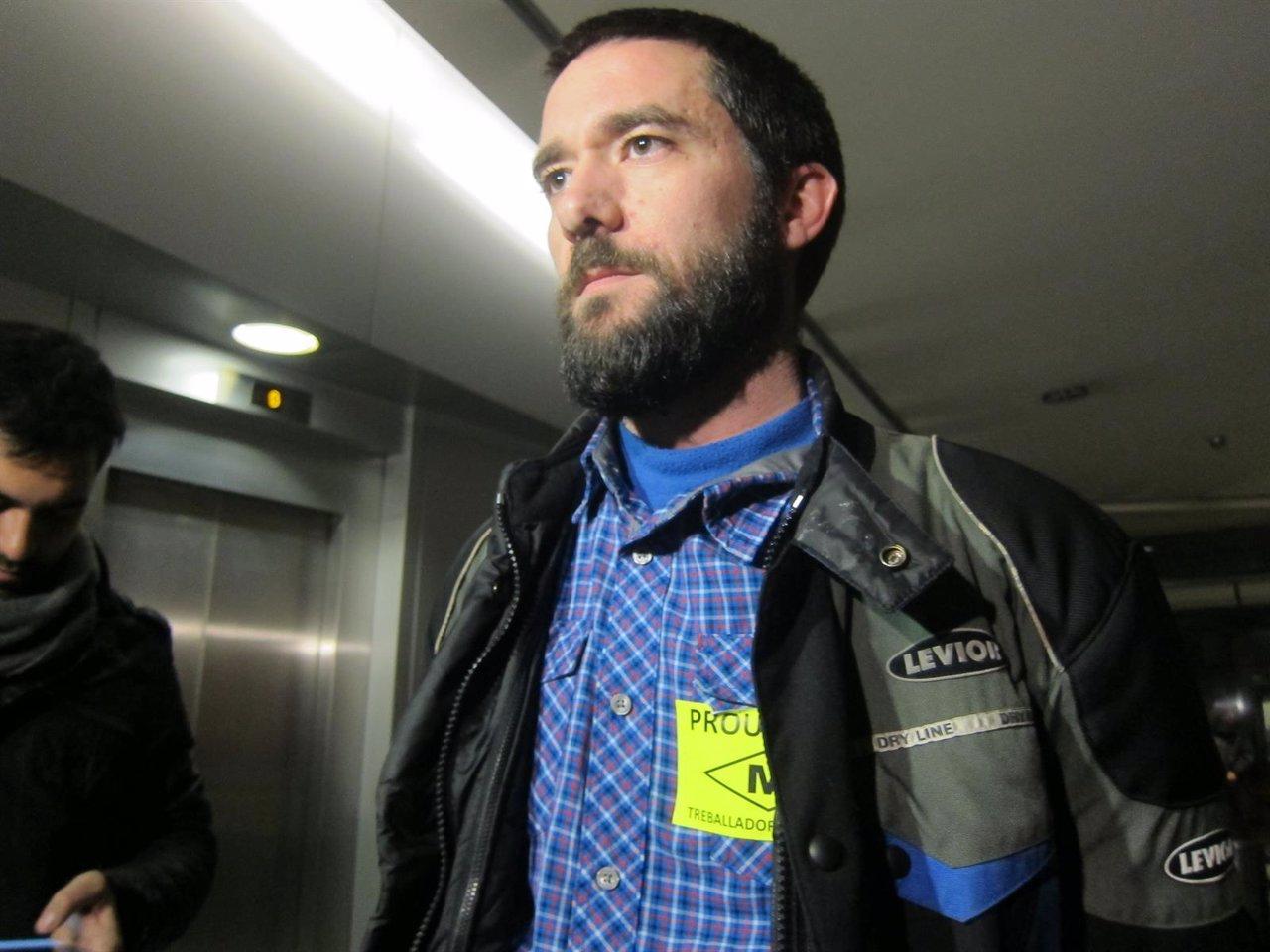 El portavoz del comité de huelga, Óscar Sánchez