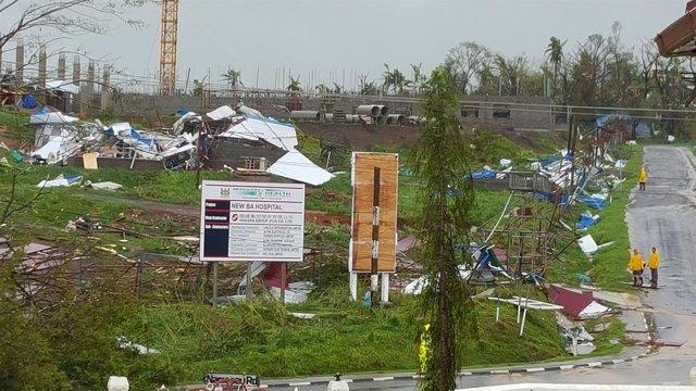 Daños causados por el paso del ciclón 'Winston' por Fiyi