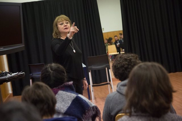 Vera actriz directora rusa diputación málaga teatro curso