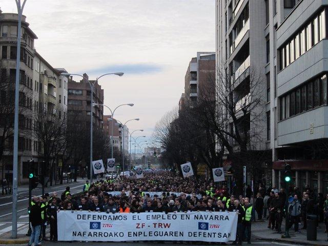 Manifestación en Pamplona contra los despidos en TRW