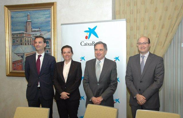 José Luis Larríu, Ana Díez Fontana, José Antonio Sarría y Carlos Fernández.