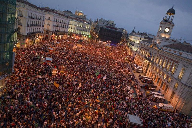 El 15 m tendr su placa en sol este pr ximo 15 de mayo for Puerta del sol ahora
