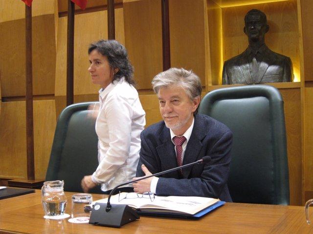 El alcalde Pedro Santisteve y Luisa Broto