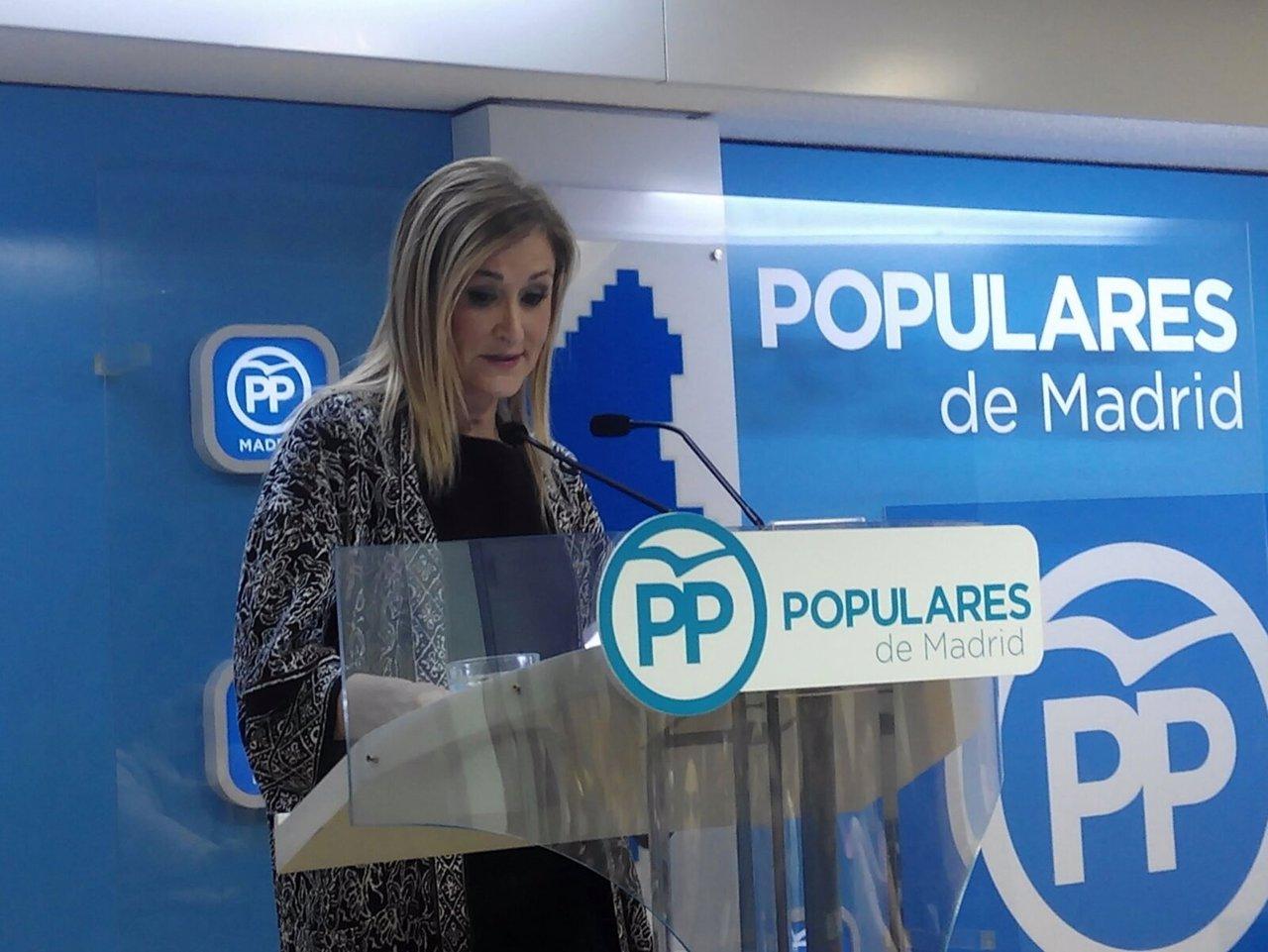 Cristina Cifuentes tras la primera reunión de la gestora del PP de Madrid