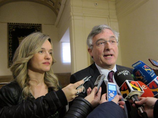 Pilar Alegría y Joaquín Olona.