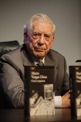 Vargas Llosa presenta 'Cinco esquinas'