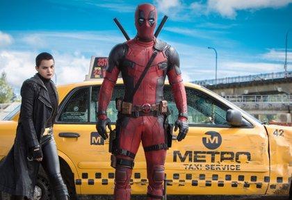 Los 10 mejores guiños de Deadpool al universo de X-Men