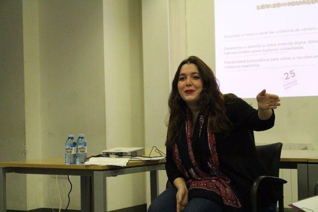 Ángela Rodríguez, diputada de En Marea, se presenta a la Secretaría General