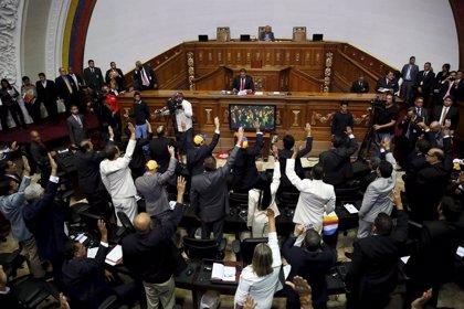 La AN de Venezuela rechaza el fallo del TSJ que limita sus poderes