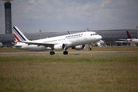 Un avión de Air France procedente de Barcelona estuvo a punto de chocar con un 'drone' cerca de París