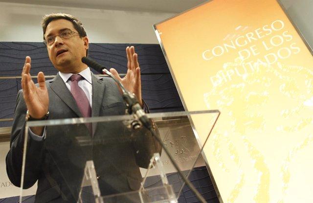 Rueda de prensa de Óscar López en el Congreso