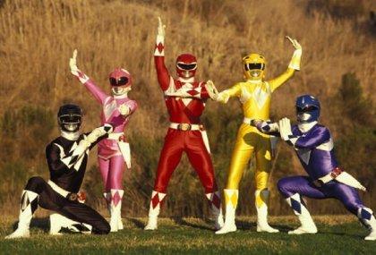 Primera foto de familia de los nuevos Power Rangers