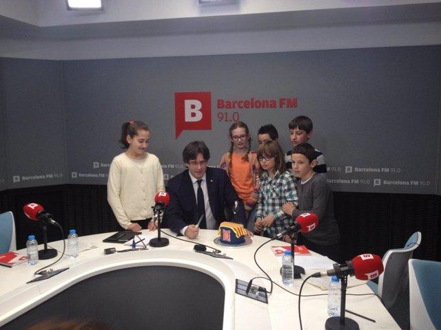 El pte.Carles Puigdemont entrevistado por niños en BTV