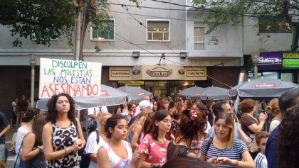 Miles de personas marchan para pedir justicia por las dos turistas argentinas