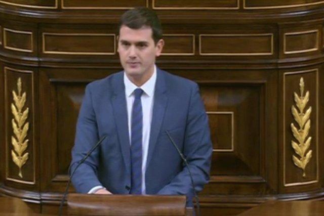 Rivera lamenta que Rajoy vota con Bildu, ERC o Podemos