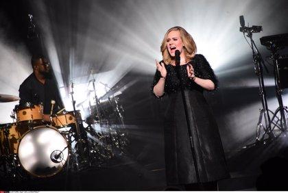 Adele planea publicar un nuevo álbum a finales de este año