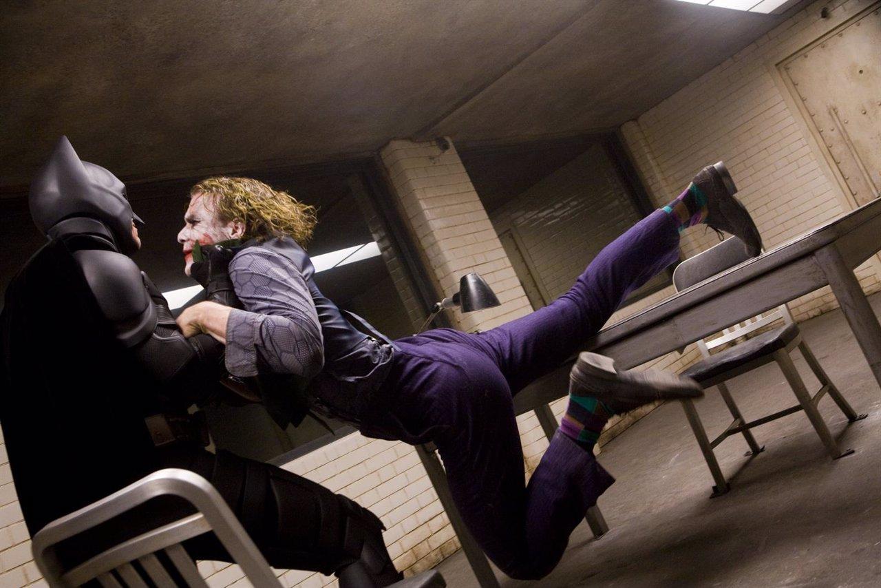Christian Bale y Heath Ledger en El caballero oscuro