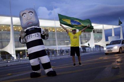 Lula da Silva deja una nación dividida tras declarar por presunta corrupción