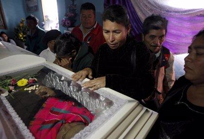 Miles de personas despiden a la líder indígena hondureña Berta Cáceres