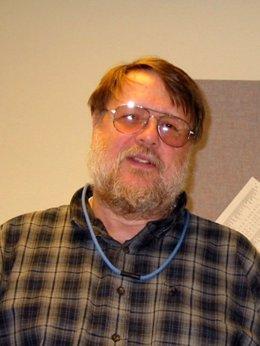 El ingeniero Ray Tomlinson, padre del email