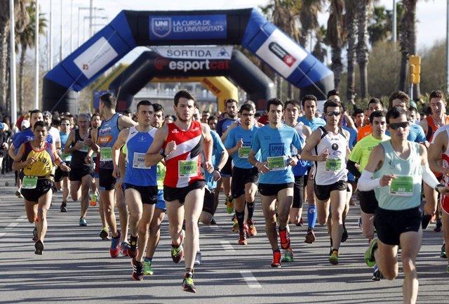 Más de 3.200 universitarios participan en la Unirun en Barcelona