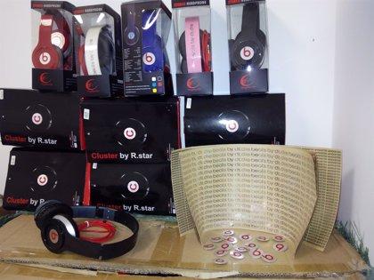 La Agencia Tributaria intervino 2,6 millones de productos falsificados en 2015