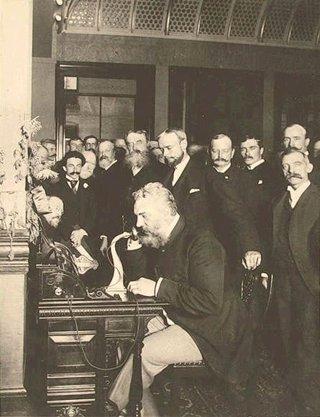 Bell inaugurando la línea Nueva York-Chicago en 1892