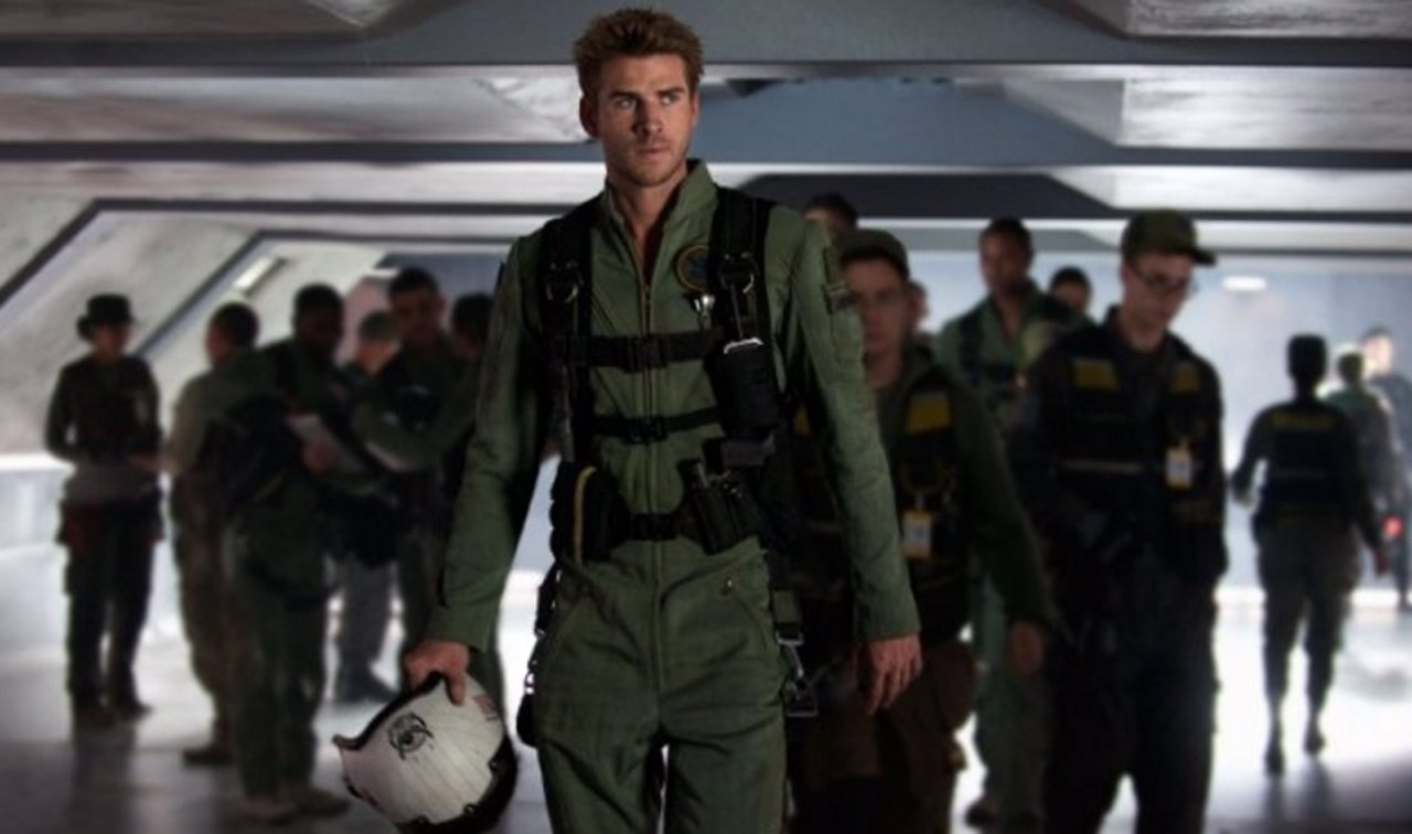 Liam Hemsworth en Independence Day: Resurgence