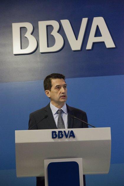 BBVA dice que el paro es tan alto porque sólo empleados formados acceden a trabajos fijos