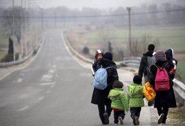 Los 28 discuten cómo evitar apertura de nuevas vías hacia Europa tras cierre de Balcanes