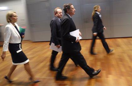 El BCE empeora sus previsiones de inflación y crecimiento para la zona euro