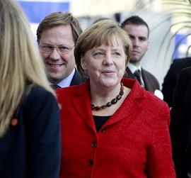 Merkel cierra la campaña para tres regionales defendiendo el acuerdo con Turquía