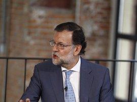"""Rajoy, tras ser declarado 'non grato': """"No pienso renunciar a Pontevedra"""""""