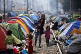 El drama de miles de refugiados e inmigrantes atrapados en la frontera entre Grecia y Macedonia