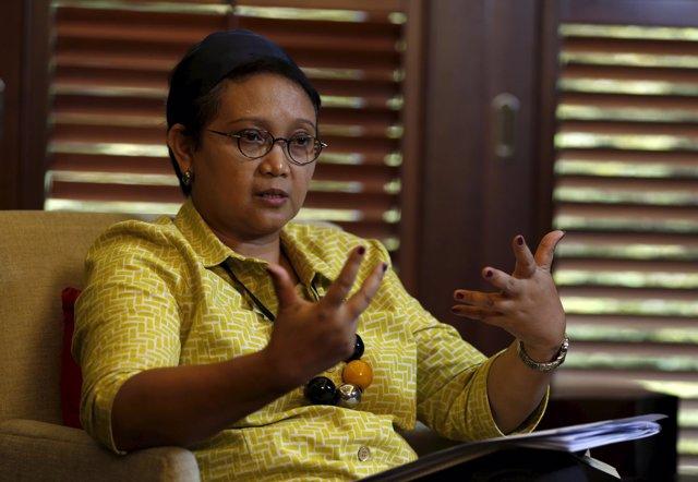 La Ministra De Asuntos Exteriores De Indonesia, Retno Marsudi