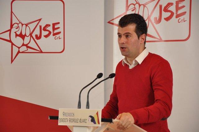 Luis Tudanca en la clausura de la Escuela de Primavera de JJSS
