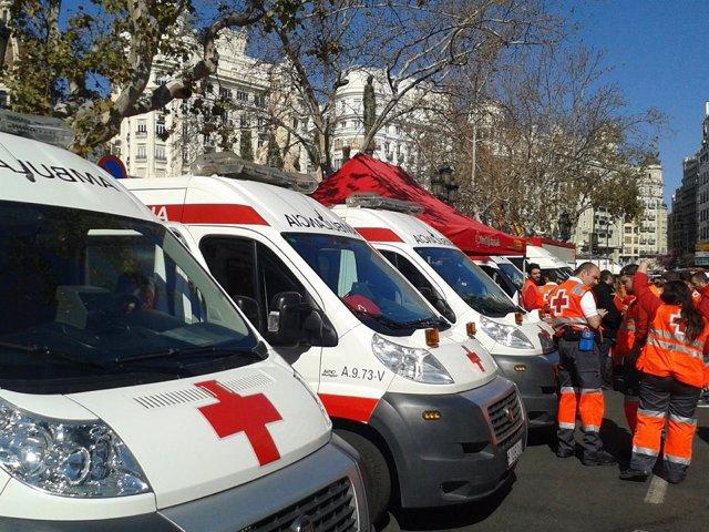 Dispositivo establecido por Cruz Roja en la Plaza del Ayuntamiento