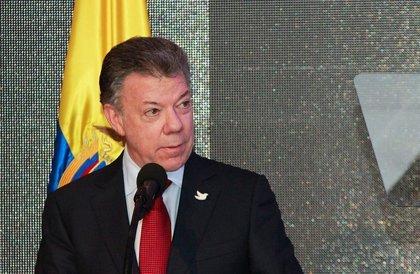 Santos se enfrenta a su nivel más bajo de popularidad en cinco años