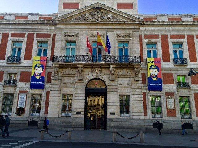 Cartel de Leopoldo López en Sol