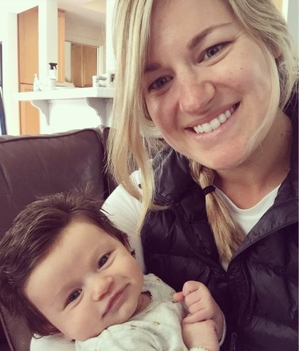 La melena de este bebé inspira una gloriosa batalla de Photoshop