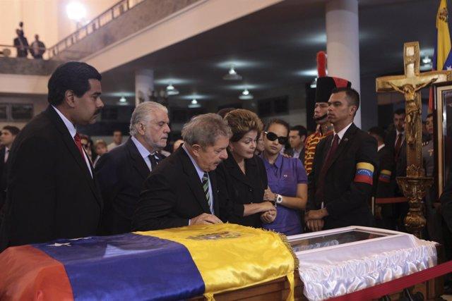 Nicolás Maduro, Lula Silva, Dilma Rousseff en el velatorio de Hugo Chávez