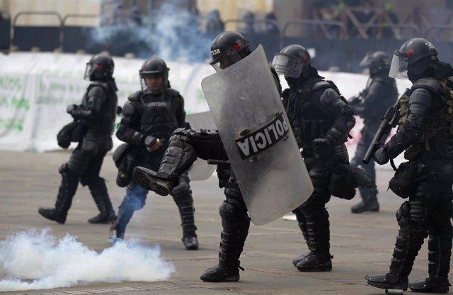 La Policía colombiana en una protesta en Bogotá.