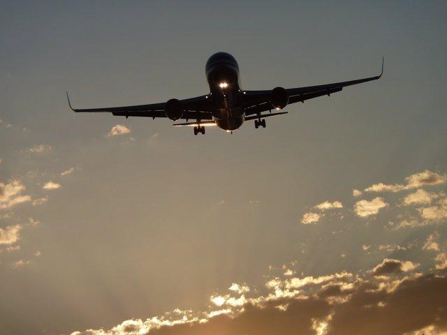 Evita gastos por 'roaming' en el extranjero con estos 10 consejos